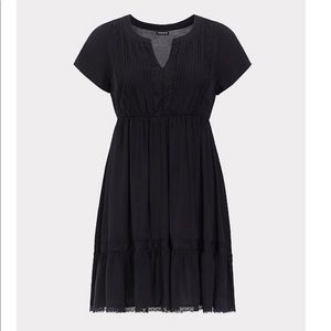 NWT torrid size 4 pintuck lace trim skater dress
